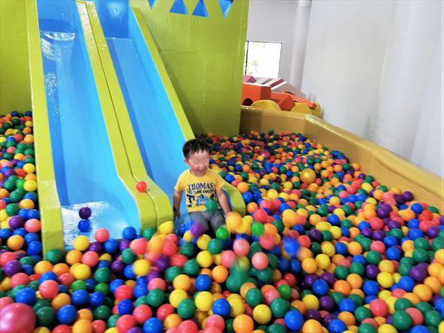 阿蘇ファームランド ボールプール