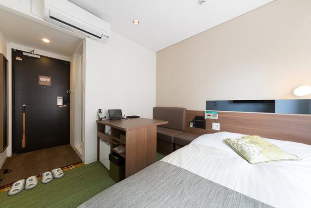 スーパーホテルLohas博多駅・筑紫口天然温泉 客室