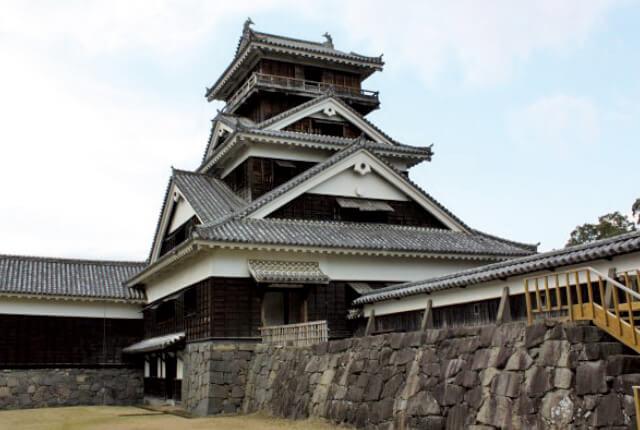 宇土櫓(うどやぐら)