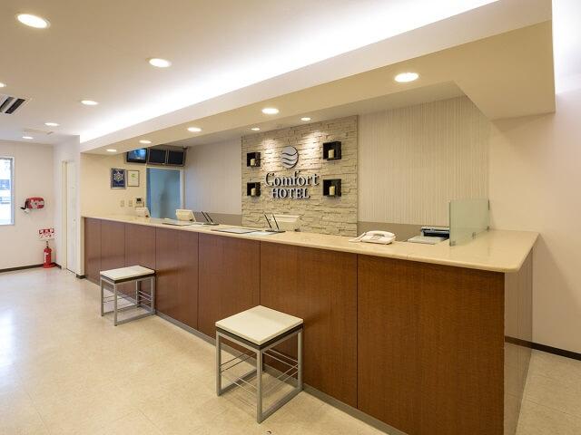 熊本 おすすめホテル コンフォートホテル熊本新市街 フロント