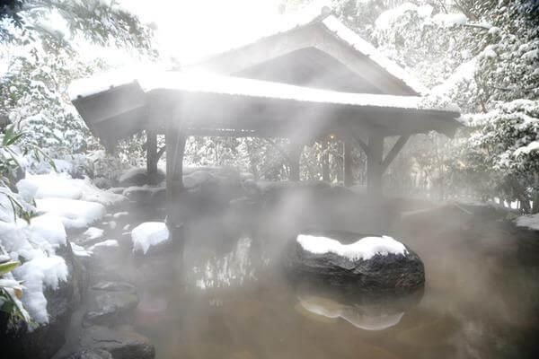 黒川温泉 冬 雪見風呂
