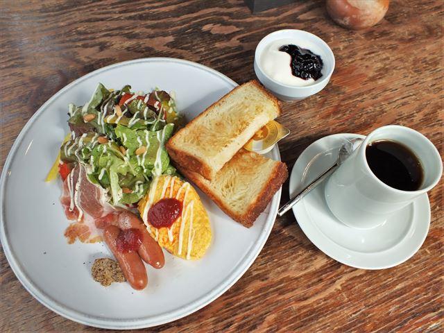 湯布院 金鱗湖 カフェ 朝食 Cafe La Ruche