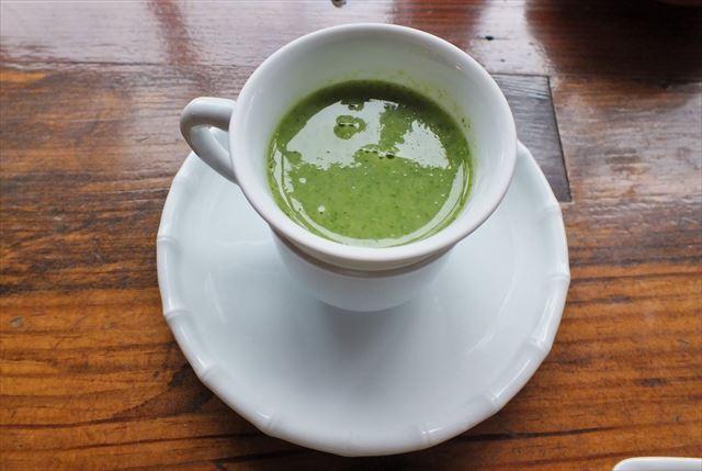 湯布院 金鱗湖 カフェ 茶房 天井棧敷 朝食 季節のスープ