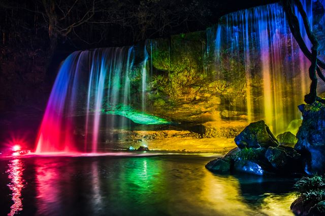 鍋ケ滝 ライトアップ