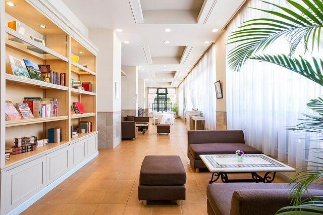 ルークプラザ ブックカフェ