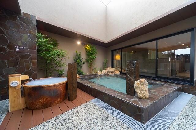 天然温泉白糸の湯ドーミーイン大分 露天風呂