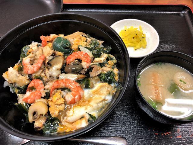 志賀島 グルメ 中西食堂 曙丼 料理