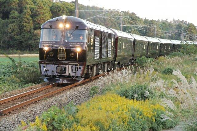 九州 観光列車 ななつ星