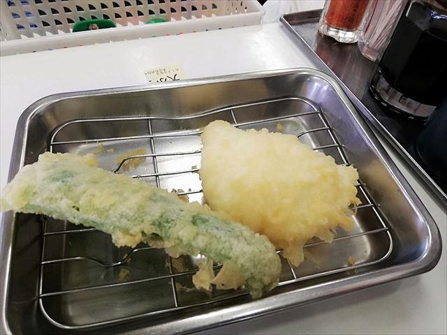 天ぷらひらお 天ぷら定食 天ぷら出てきた