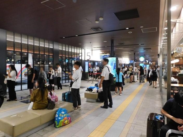 天神バスターミナル 待合スペース